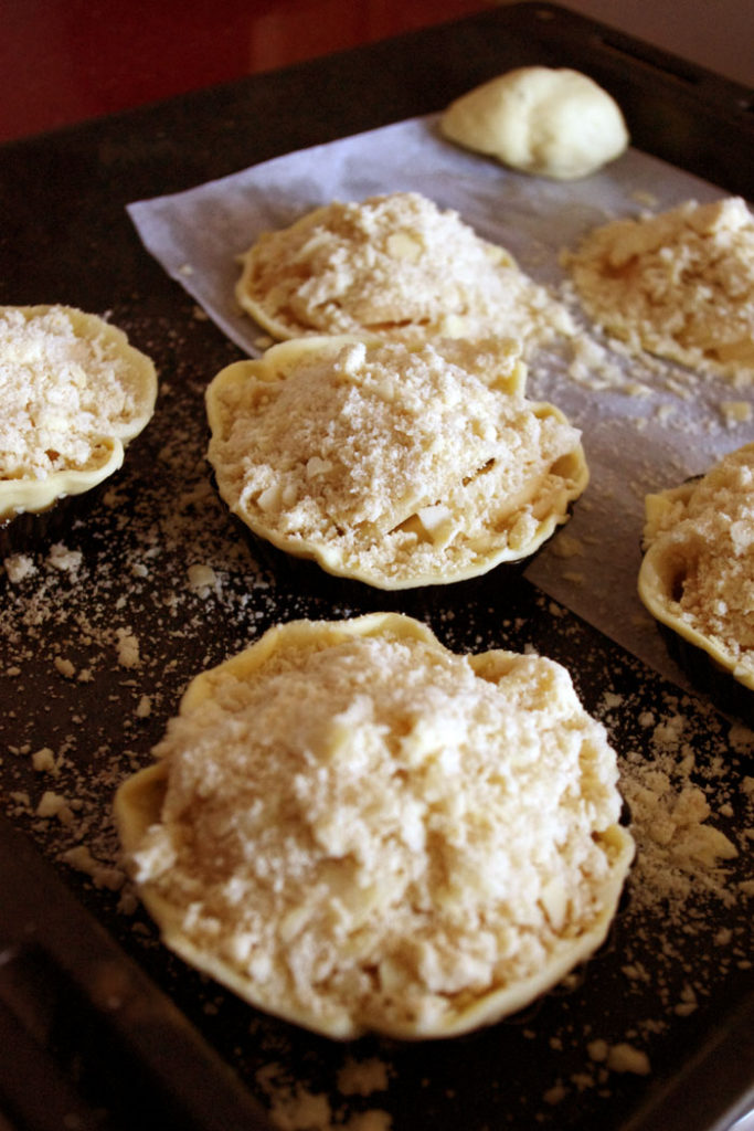 Tartelettes aux poires façon crumble